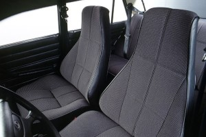 Штатные сиденья ВАЗ 2107: описание, поломки, ремонт, варианты замены