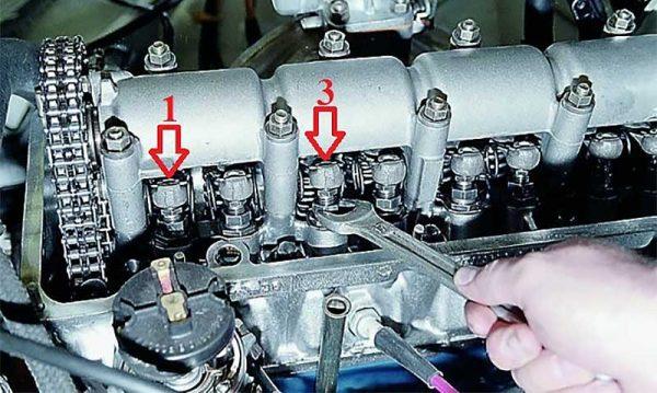 Регулировка 1 и 3 клапанов