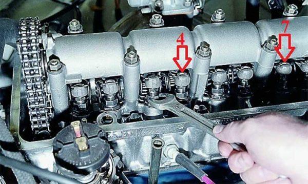 Регулировка 4 и 7 клапанов