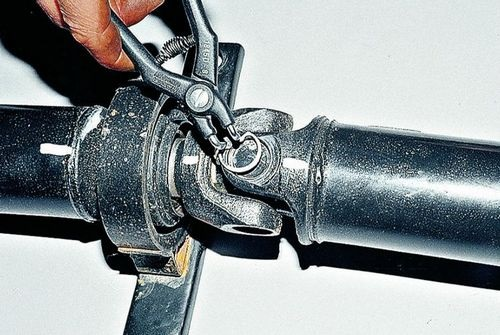 Игольчатый подшипник крестовины карданного вала ВАЗ 2107