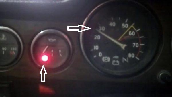 Горит индикатор давления масла при работающем двигателе ВАЗ 2106