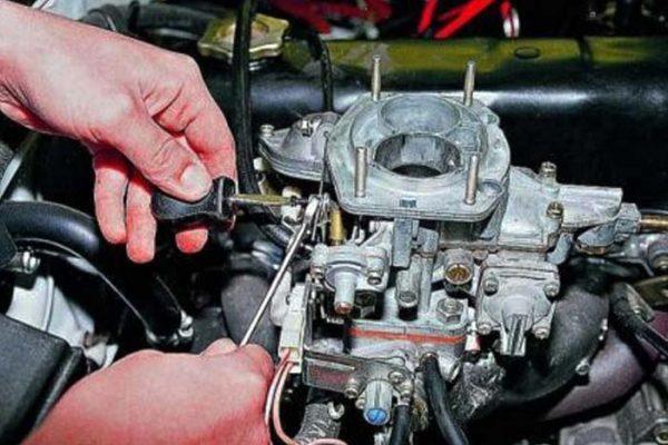 Как закрепить трос пускового устройства ДААЗ 2105