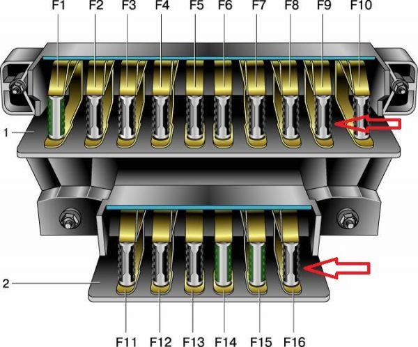 Основной и дополнительный монтажные блоки ВАЗ 2106