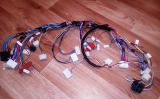 Передняя коса для подключения устройств в подкапотном пространстве ВАЗ 2101