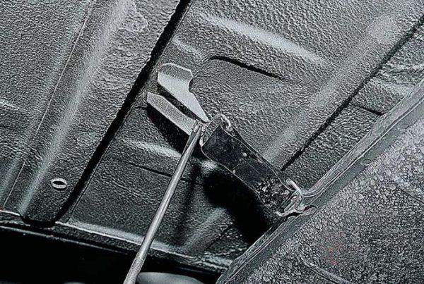 Подвесные крепления резонатора на ВАЗ 2101–07