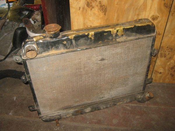 Радиатор системы охлаждения ВАЗ 2101