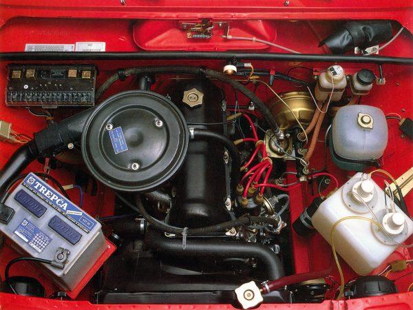 Внешний вид двигателя ВАЗ 2105