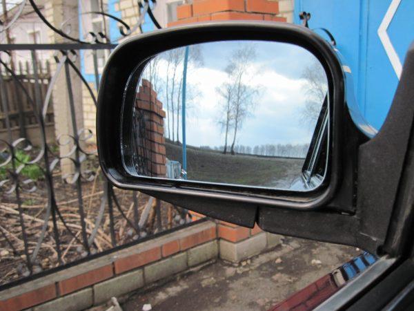 Боковое зеркало ВАЗ 2107