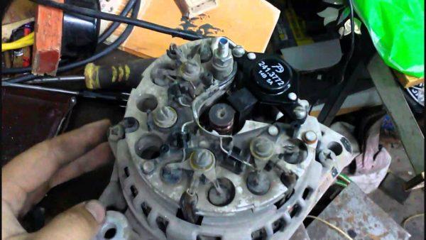 Демонтаж генератора ВАЗ 2101