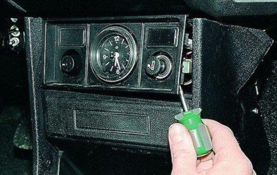 Дополнительная панель ВАЗ 2107
