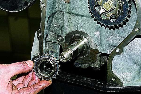 Как снять звёздочку ГРМ с коленвала ВАЗ 2101—2107