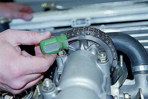 Как выставить метки ГРМ на ВАЗ 2101—2106