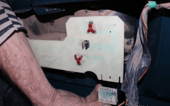Колодка разъёма электропитания заднего фонаря ВАЗ-2107