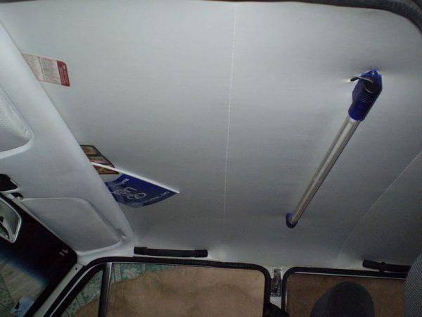 Отделка потолка салона ВАЗ 2104