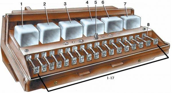 Монтажный блок реле и предохранителей ВАЗ 2107 (схема)