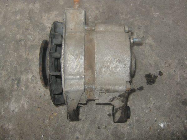 Старый генератор ВАЗ 2101
