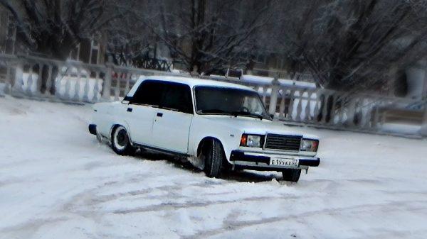 ВАЗ 2107 зимой