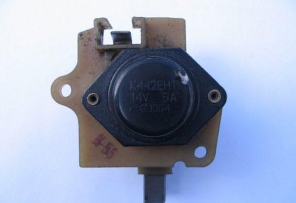 Внутренний трёхуровневый регулятор ВАЗ 2107