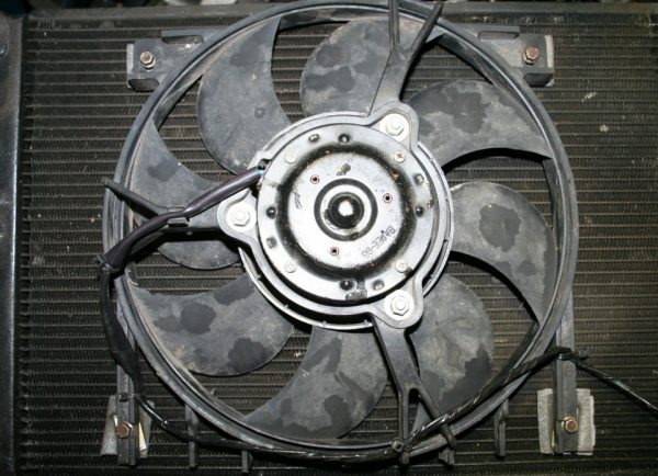 Вентилятор радиатора ВАЗ-2107