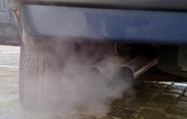 Чёрный дым из выхлопной трубы ВАЗ 2107