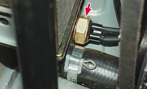 Датчик включения вентилятора ВАЗ-2101