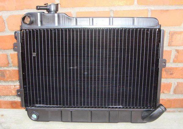 Латунный радиатор охлаждения ВАЗ 2106–1301010