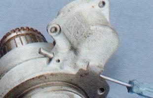Ось рычага привода стартера ВАЗ 2106