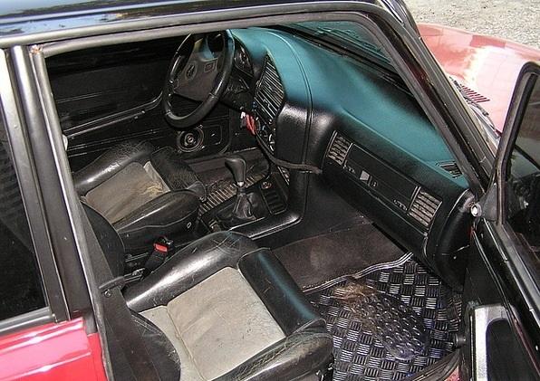 Салон от BMW E-36 на «Жигулях»