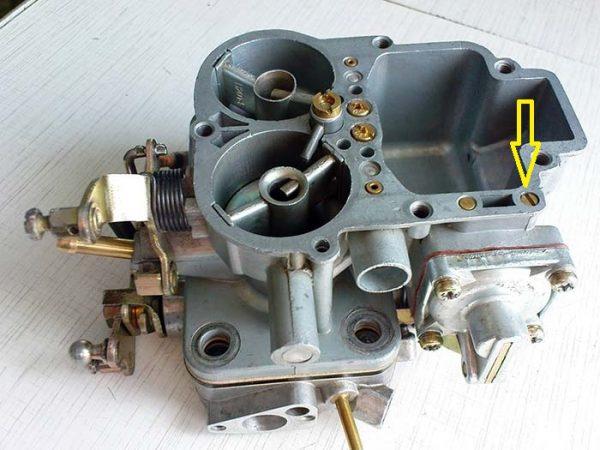 Шариковый клапан насоса-ускорителя ДААЗ 2107