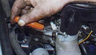 Шланг воздухозаборника ВАЗ 2106