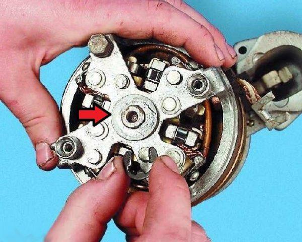Стопорное кольцо вала и шайба стартера ВАЗ 2107