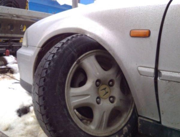 Вывернутое переднее колесо