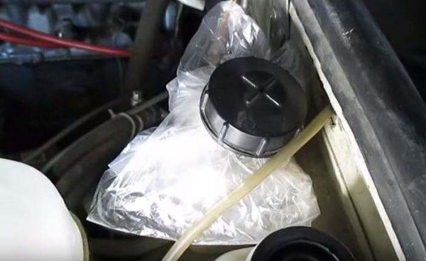 Как предотвратить течь жидкости из рабочего тормозного цилиндра ВАЗ 2107
