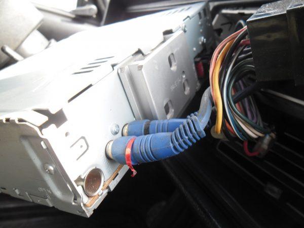 Подключение провода антенны к магнитоле