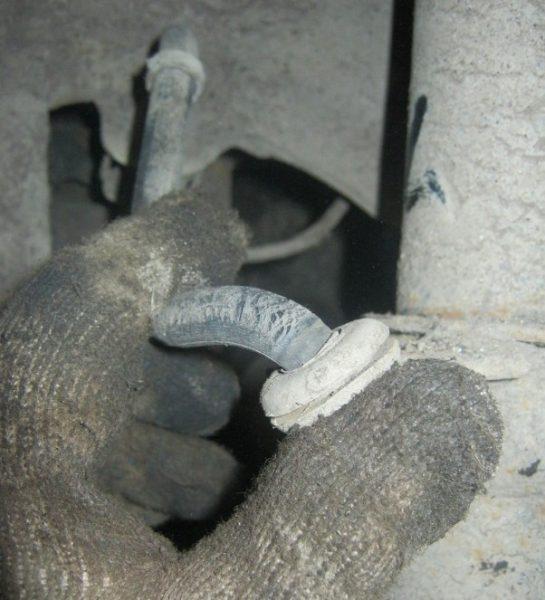 Повреждённый шланг сцепления