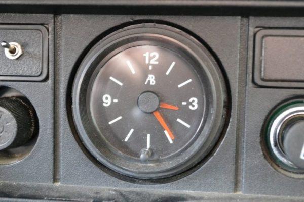 Штатные часы на ВАЗ 2107