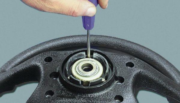 Крепление контактного кольца