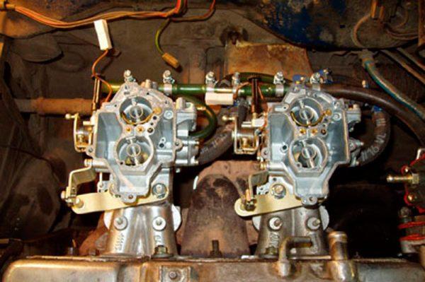 Два карбюратора на двигателе