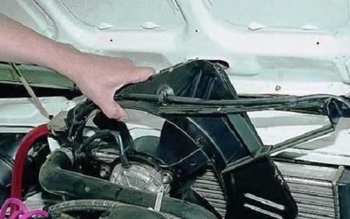 Демонтаж вентилятора с рамкой