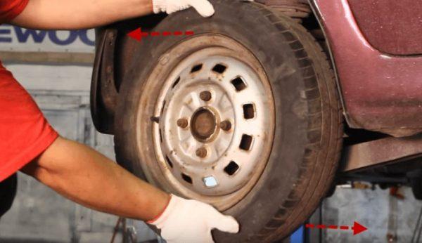 Раскачивание колеса