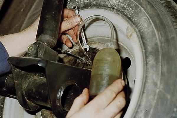 Установка трубки и ключа