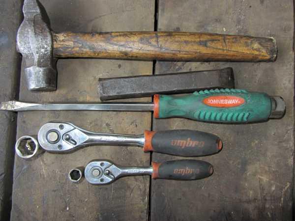Инструменты для замены подшипника хвостовика