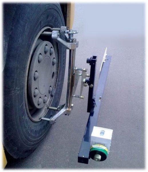 Лазерный стенд для регулировки развала схождения