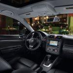 Интерьер салона Volkswagen Jetta пятого поколения
