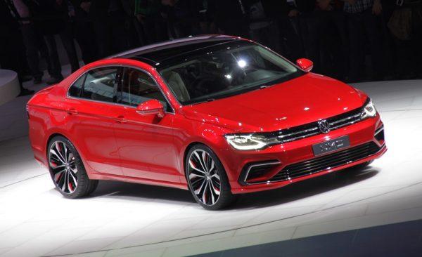 Сверкающая модель Volkswagen Jetta 2017
