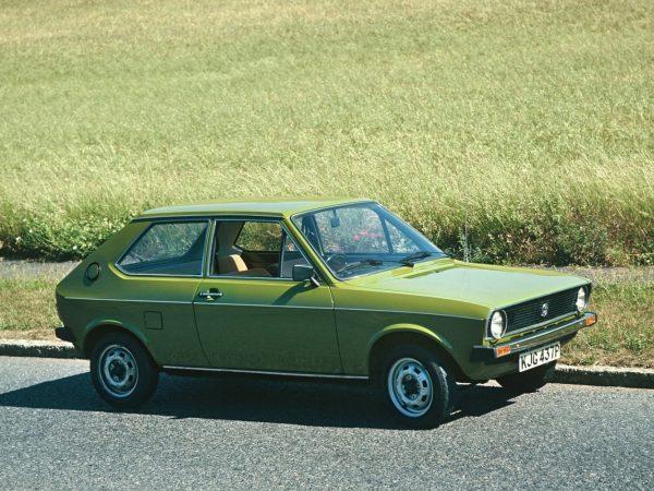 VW Polo 1975 года