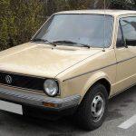 Volkswagen Golf на трассе