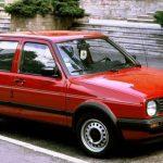 VW Golf II в красном кузове