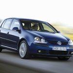 VW Golf 5 на трассе