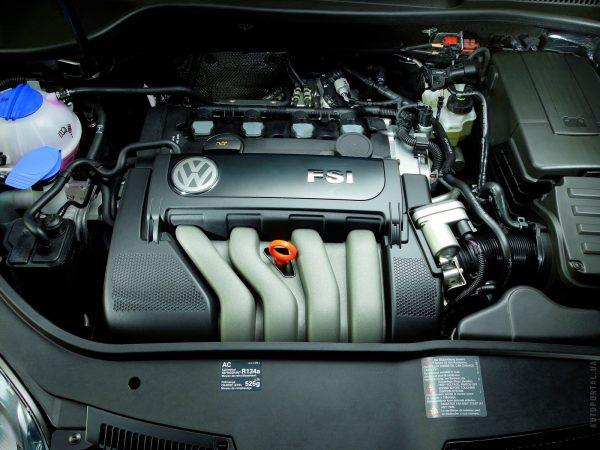Бензиновый двигатель VW Passat
